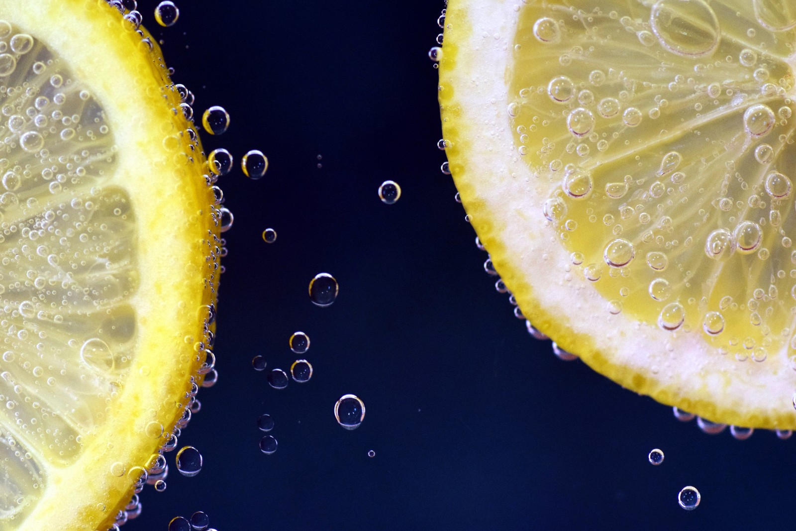 bubbles-citrus-citrus-fruit-556414.jpg.jpg